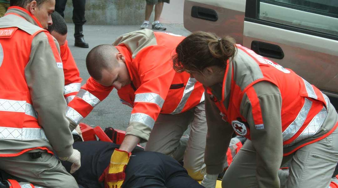 Centre de formation aux premiers secours secourisme paris melun puteaux et ile de france