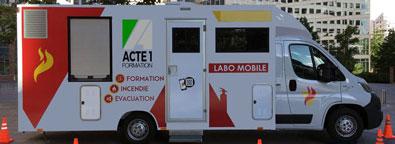 unité Mobile de Formation à la Sécurité Incendie d'Acte 1 Formation